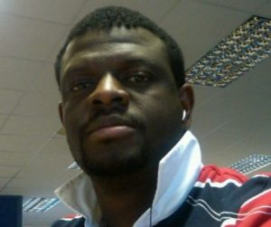 Image of Damola Moronkeji who gives an EzeeTrader Day Trading Course testimonial